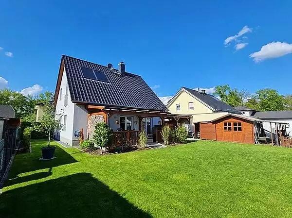 Attraktives Neubau-Einfamilienhaus mit moderner Ausstattung in begehrter Wohnlage